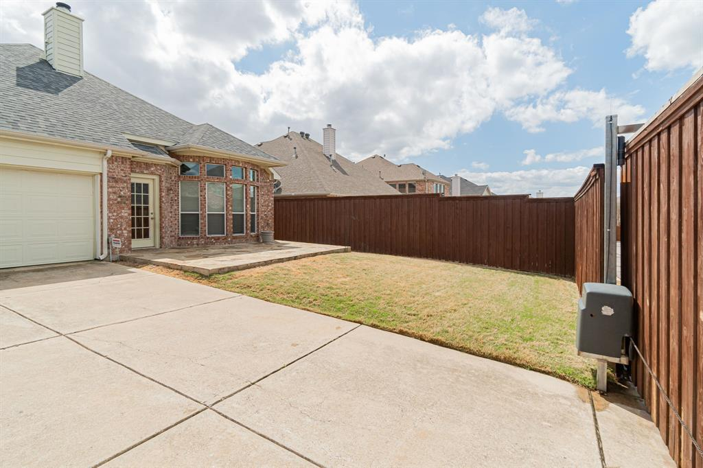 2450 Thorntree Drive, Frisco, Texas 75033 - acquisto real estate best designer and realtor hannah ewing kind realtor