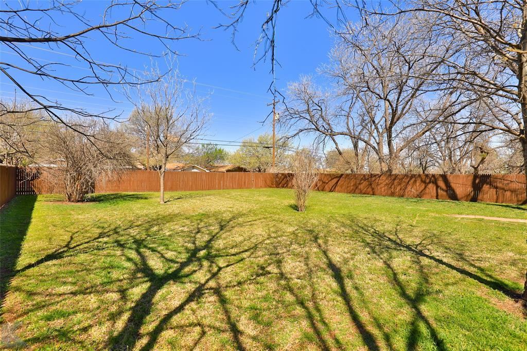 1902 Beechwood Lane, Abilene, Texas 79603 - acquisto real estate best luxury home specialist shana acquisto
