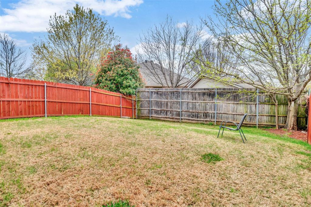 1811 Swaim Court, Arlington, Texas 76001 - acquisto real estate best plano real estate agent mike shepherd