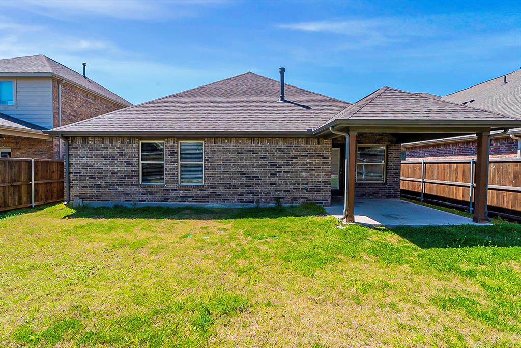 7508 Comal River  Trace, McKinney, Texas 75071 - acquisto real estate best celina realtor logan lawrence best dressed realtor