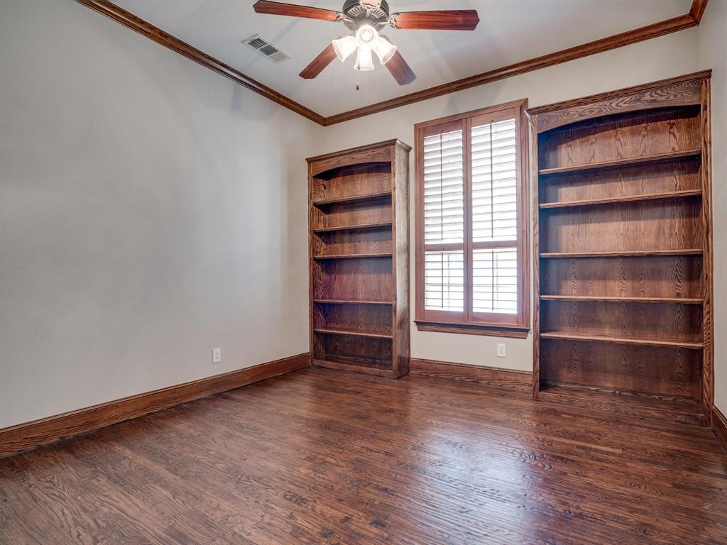 9105 Cypress Creek Road, Lantana, Texas 76226 - acquisto real estate best investor home specialist mike shepherd relocation expert