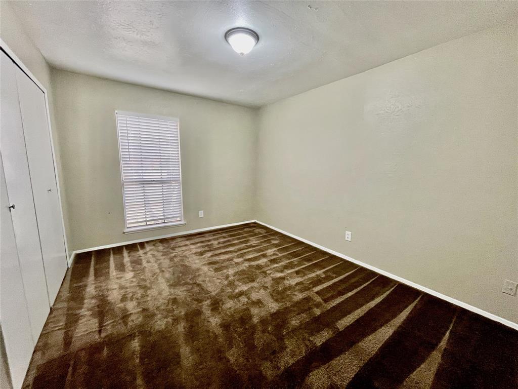 2226 Pennington  Drive, Arlington, Texas 76014 - acquisto real estate best realtor dallas texas linda miller agent for cultural buyers