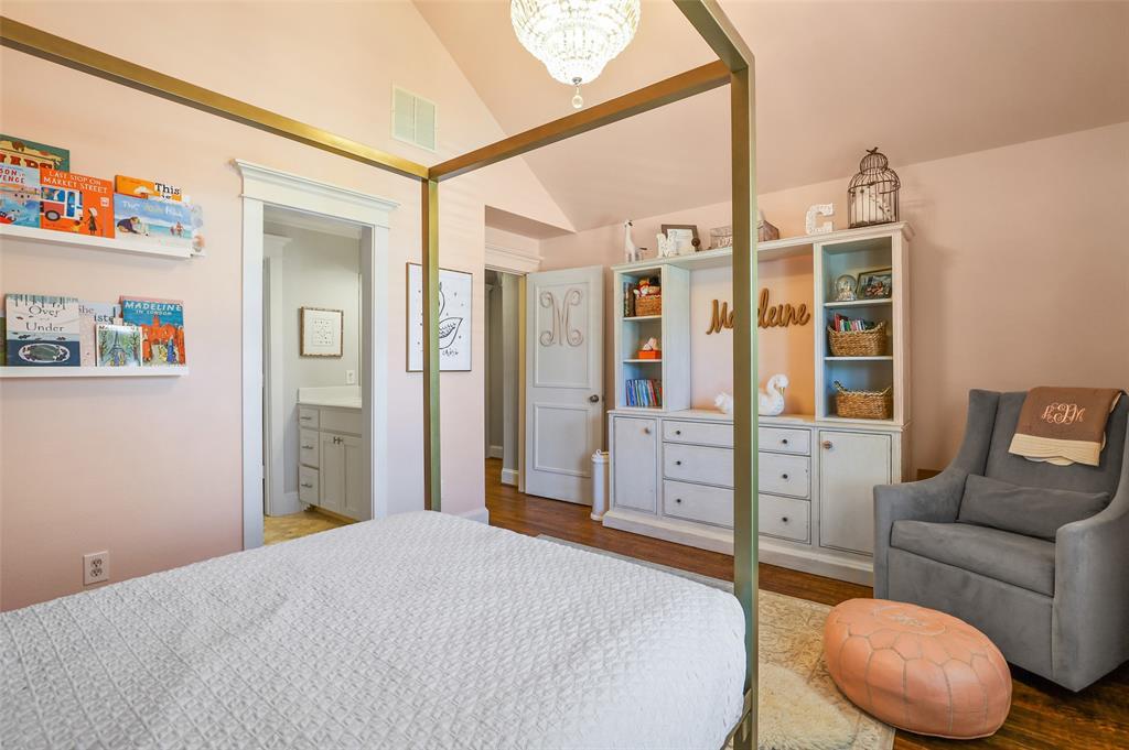 6138 Vickery Boulevard, Dallas, Texas 75214 - acquisto real estate best realtor dfw jody daley liberty high school realtor