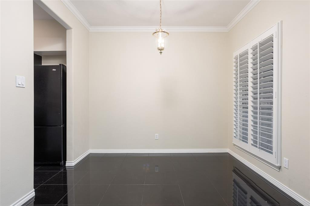4343 Bellaire Drive, Fort Worth, Texas 76109 - acquisto real estate best real estate company to work for