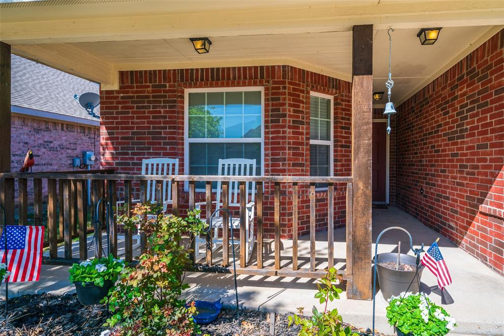 1643 Hillside  Drive, Waxahachie, Texas 75165 - acquisto real estate best real estate follow up system katy mcgillen