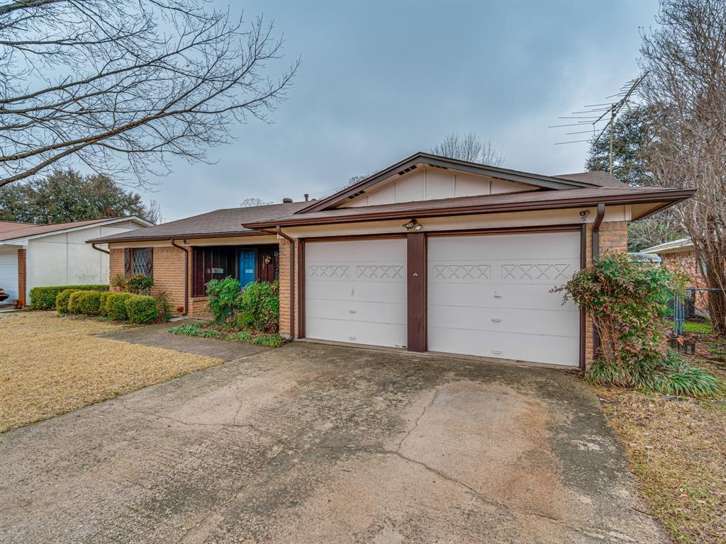 1101 Patricia Street, Irving, Texas 75060 - acquisto real estate best flower mound realtor jody daley lake highalands agent of the year