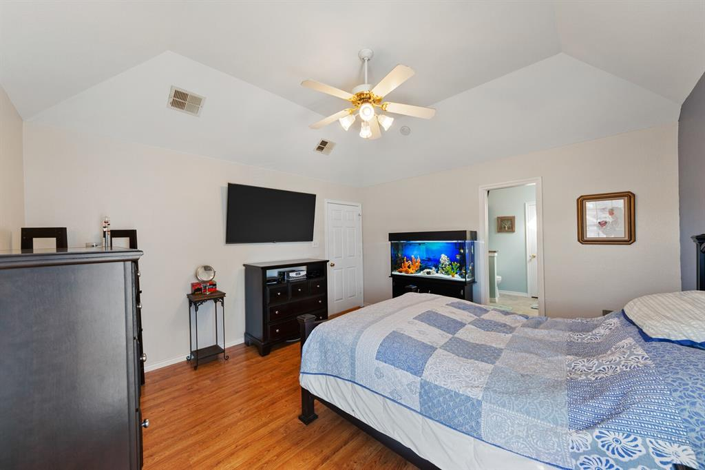 1352 Marken  Court, Carrollton, Texas 75007 - acquisto real estate best style realtor kim miller best real estate reviews dfw