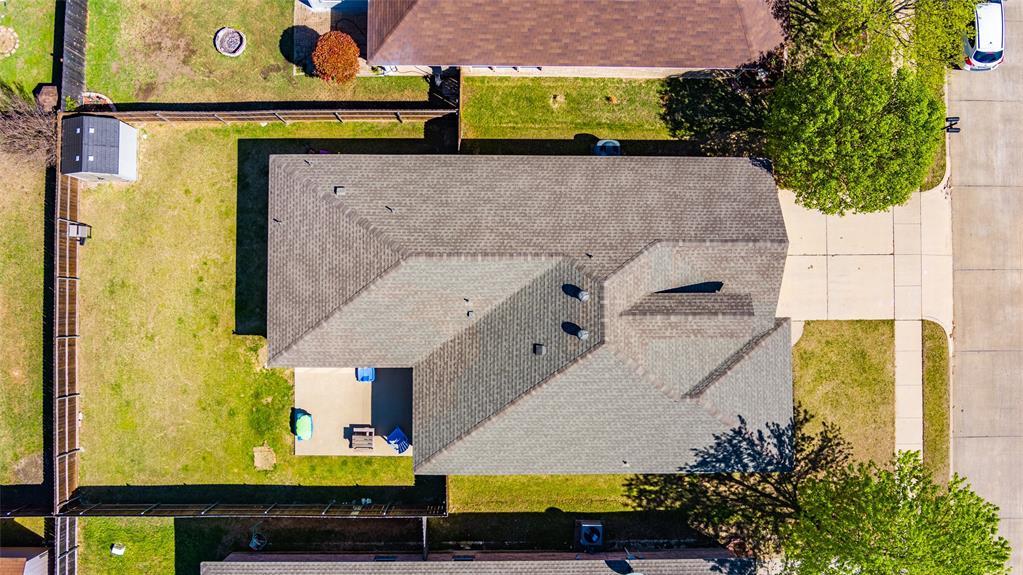 1643 Hillside  Drive, Waxahachie, Texas 75165 - acquisto real estate best negotiating realtor linda miller declutter realtor