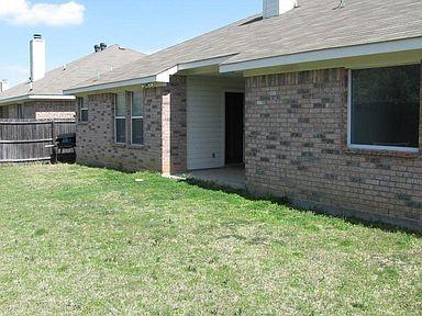 627 Ridgehill Drive, Burleson, Texas 76028 - acquisto real estate best real estate company to work for