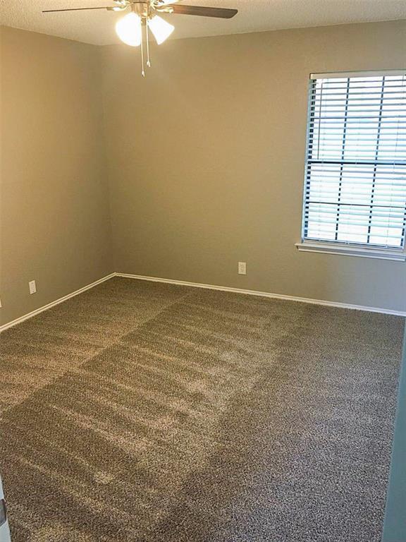 212 Brook Circle, Krum, Texas 76249 - acquisto real estate best designer and realtor hannah ewing kind realtor