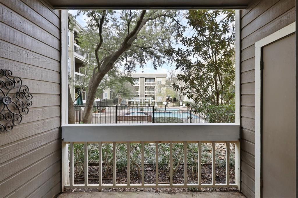 5310 Keller Springs Road, Dallas, Texas 75248 - acquisto real estate best frisco real estate broker in texas for high net worth buyers