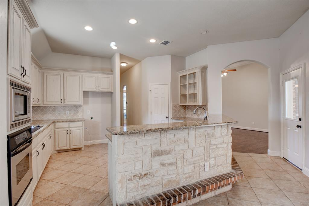4400 Silver Mesa Lane, Fort Worth, Texas 76108 - acquisto real estate best investor home specialist mike shepherd relocation expert