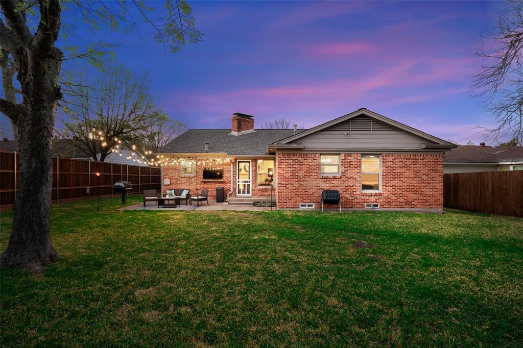 11232 Lanewood Circle, Dallas, Texas 75218 - acquisto real estate best real estate idx dilusso marketing mike acquisto