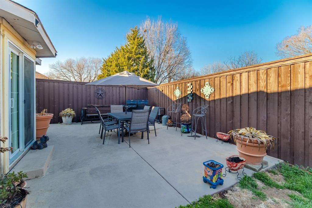 3314 Wilmington  Drive, Grand Prairie, Texas 75052 - acquisto real estate best park cities realtor kim miller best staging agent