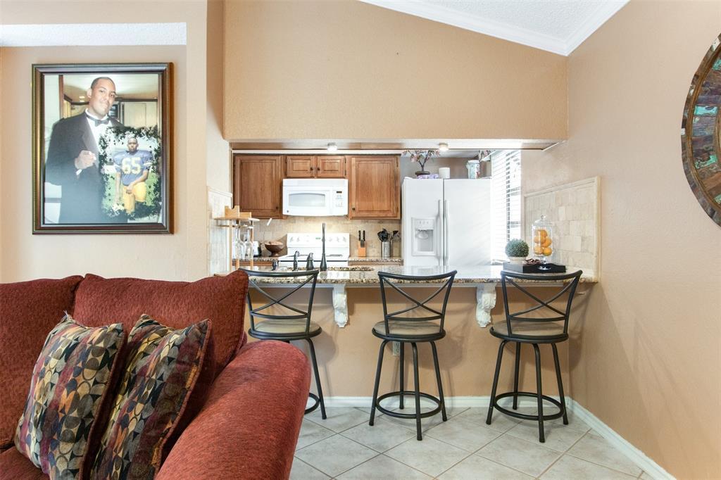 925 Cedarland  Boulevard, Arlington, Texas 76011 - acquisto real estate best real estate company in frisco texas real estate showings