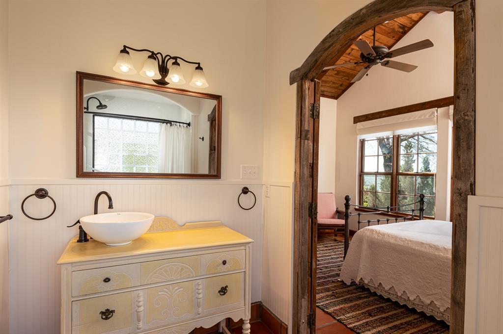 1156 The Shores Drive, Corsicana, Texas 75109 - acquisto real estate nicest realtor in america shana acquisto