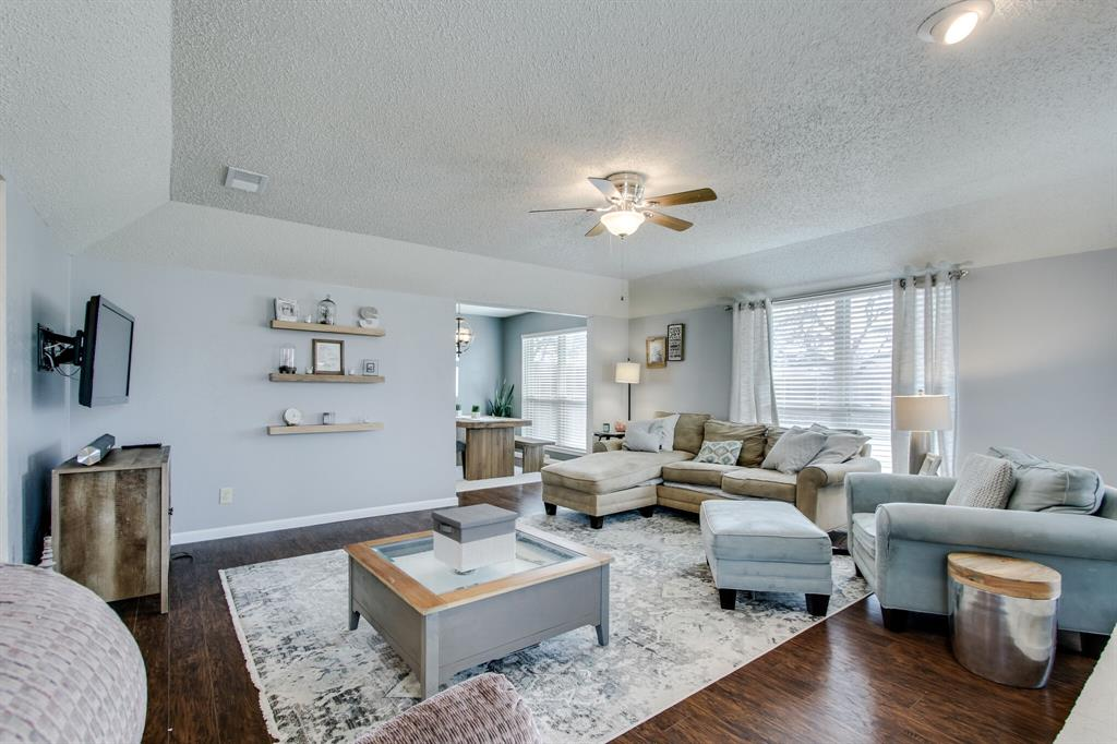 822 Century Park Drive, Garland, Texas 75040 - acquisto real estate best highland park realtor amy gasperini fast real estate service