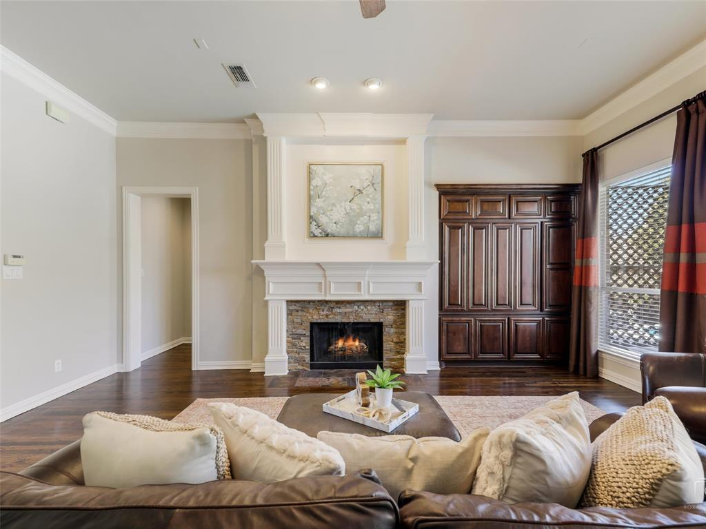 5358 Moss Glen Drive, Frisco, Texas 75034 - acquisto real estate best realtor westlake susan cancemi kind realtor of the year