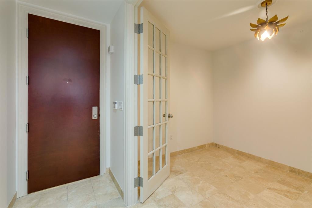 1505 Elm  Street, Dallas, Texas 75201 - acquisto real estate best luxury buyers agent in texas shana acquisto inheritance realtor