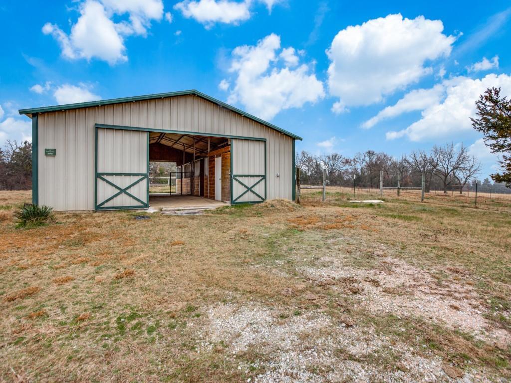 1690 Davy Lane, Denison, Texas 75020 - acquisto real estate best realtor foreclosure real estate mike shepeherd walnut grove realtor