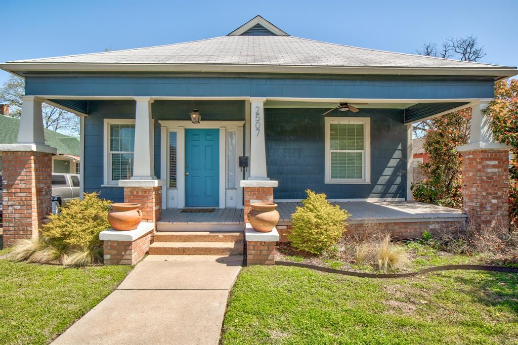2507 Lipscomb  Street, Fort Worth, Texas 76110 - Acquisto Real Estate best plano realtor mike Shepherd home owners association expert
