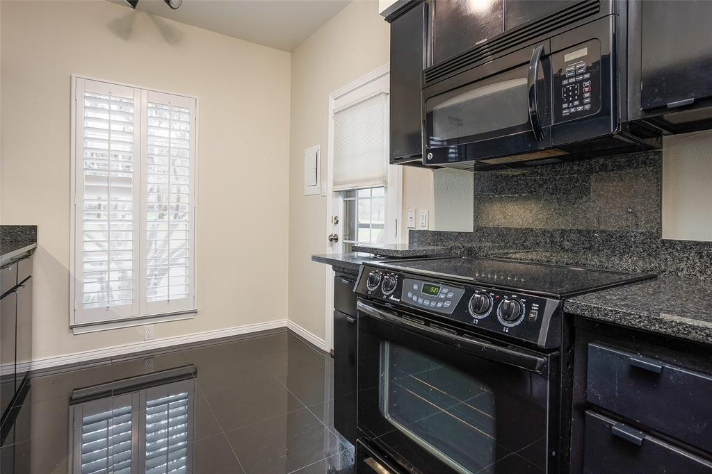 4343 Bellaire Drive, Fort Worth, Texas 76109 - acquisto real estate best new home sales realtor linda miller executor real estate