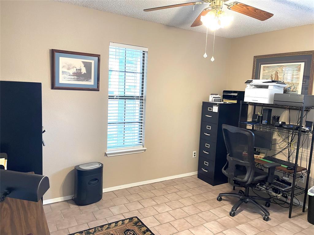 9657 Lea Shore Street, Fort Worth, Texas 76179 - acquisto real estate best listing agent in the nation shana acquisto estate realtor