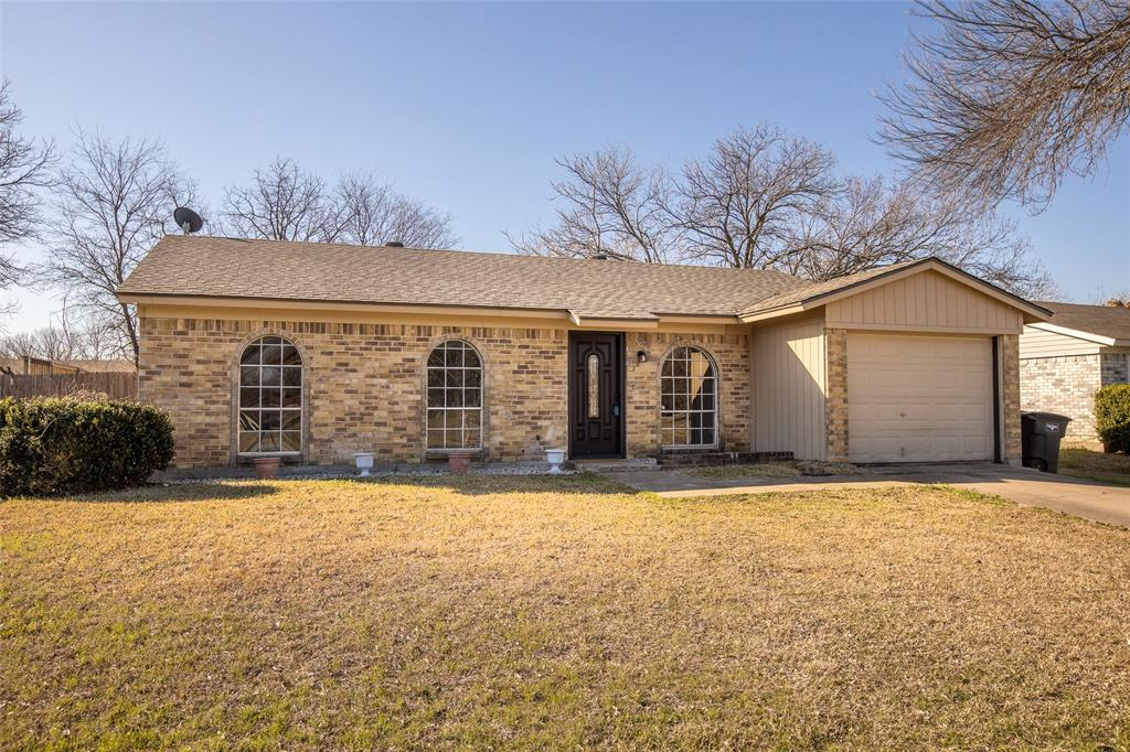 10125 Peppertree Lane, Fort Worth, Texas 76108 - Acquisto Real Estate best plano realtor mike Shepherd home owners association expert