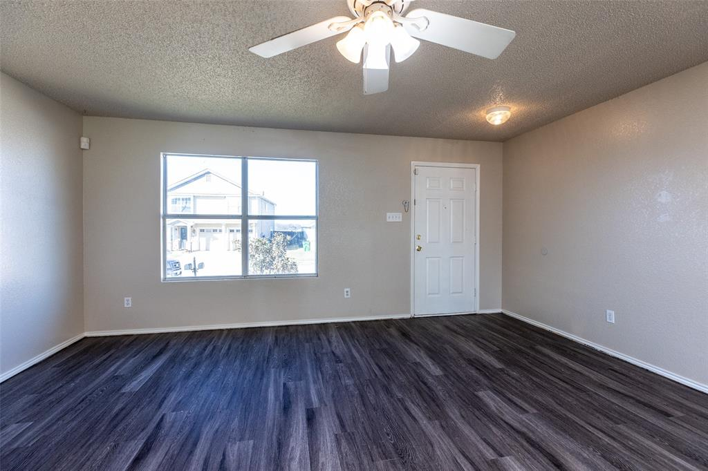 1820 Vineridge Lane, Burleson, Texas 76028 - acquisto real estate best real estate company to work for