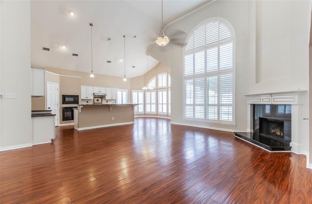 529 Salisbury Drive, Grand Prairie, Texas 75052 - acquisto real estate best celina realtor logan lawrence best dressed realtor