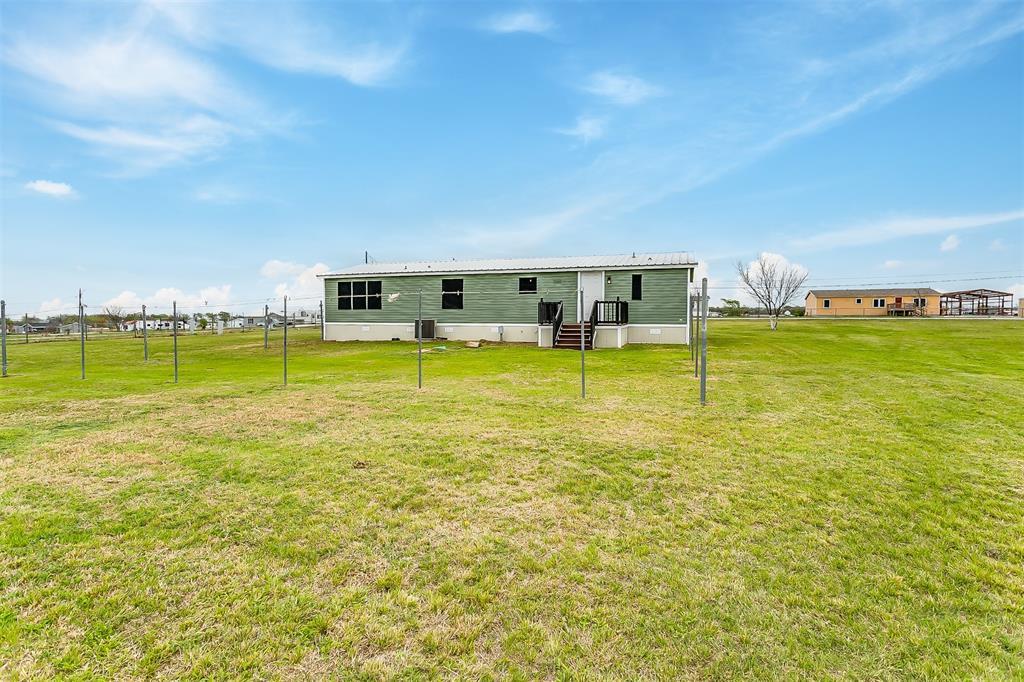 5925 Wild Berry  Trail, Joshua, Texas 76058 - acquisto real estate best luxury home specialist shana acquisto