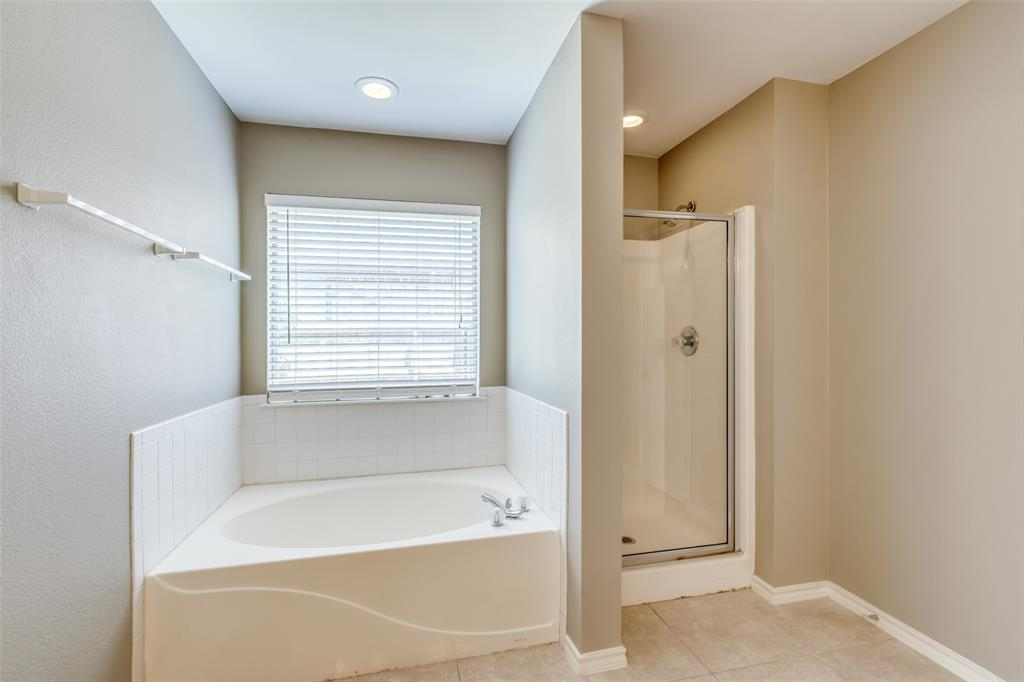 823 Ogden Drive, Arlington, Texas 76001 - acquisto real estate best frisco real estate agent amy gasperini panther creek realtor