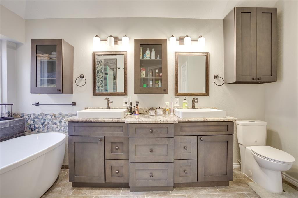 1341 Spinnaker Lane, Azle, Texas 76020 - acquisto real estate best photos for luxury listings amy gasperini quick sale real estate