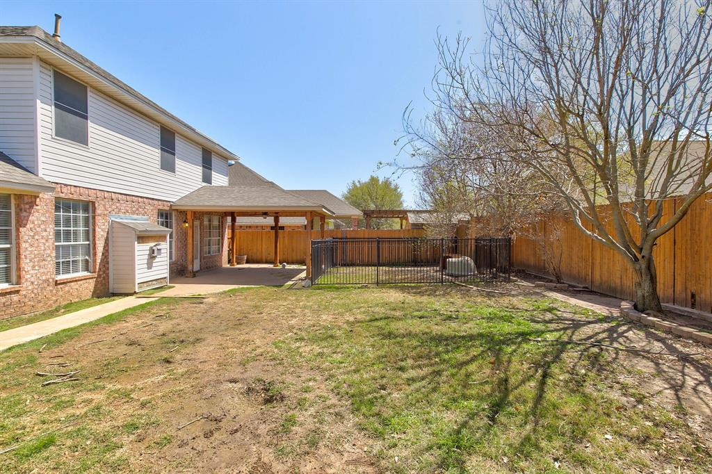 1332 Lyra Lane, Arlington, Texas 76013 - acquisto real estate best realtor foreclosure real estate mike shepeherd walnut grove realtor