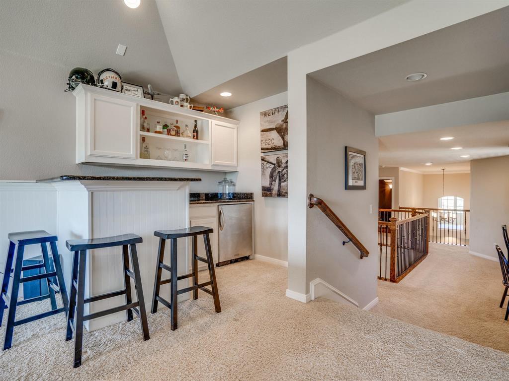 9105 Cypress Creek Road, Lantana, Texas 76226 - acquisto real estate best realtor foreclosure real estate mike shepeherd walnut grove realtor