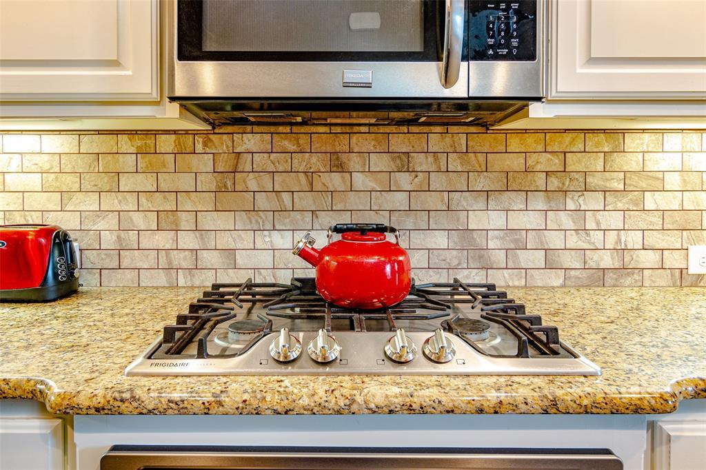 7209 Mitchell  Drive, McKinney, Texas 75070 - acquisto real estate best highland park realtor amy gasperini fast real estate service