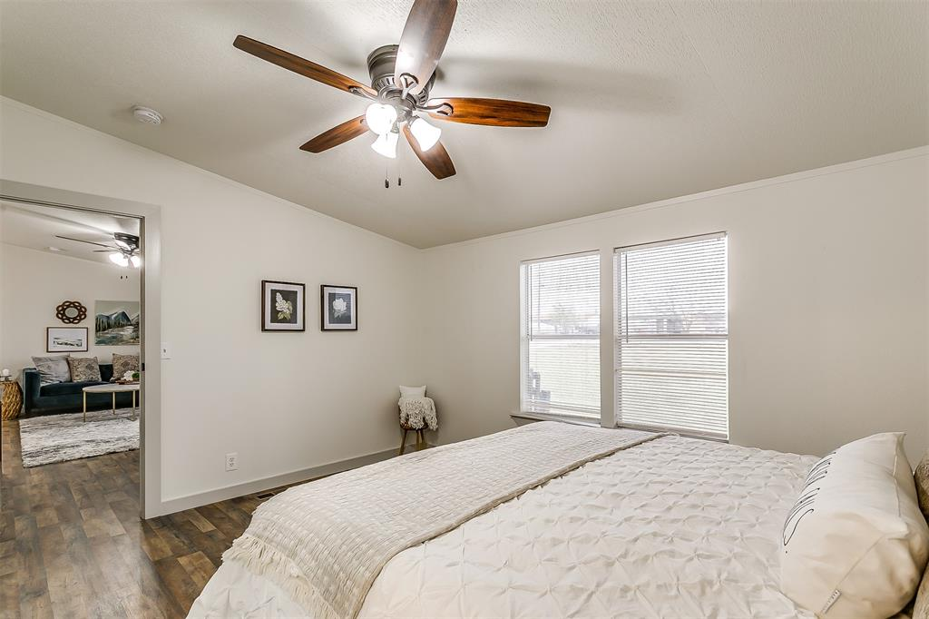 5925 Wild Berry  Trail, Joshua, Texas 76058 - acquisto real estate best listing photos hannah ewing mckinney real estate expert