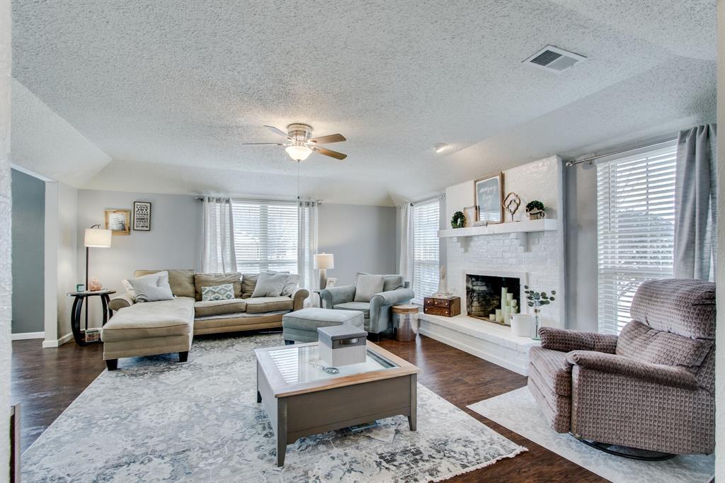 822 Century Park Drive, Garland, Texas 75040 - acquisto real estate best celina realtor logan lawrence best dressed realtor