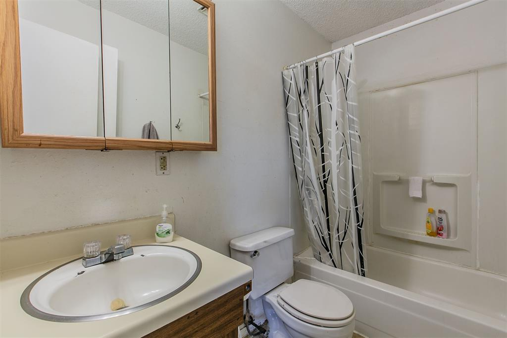 14459 Day  Road, Fort Worth, Texas 76262 - acquisto real estate best listing agent in the nation shana acquisto estate realtor