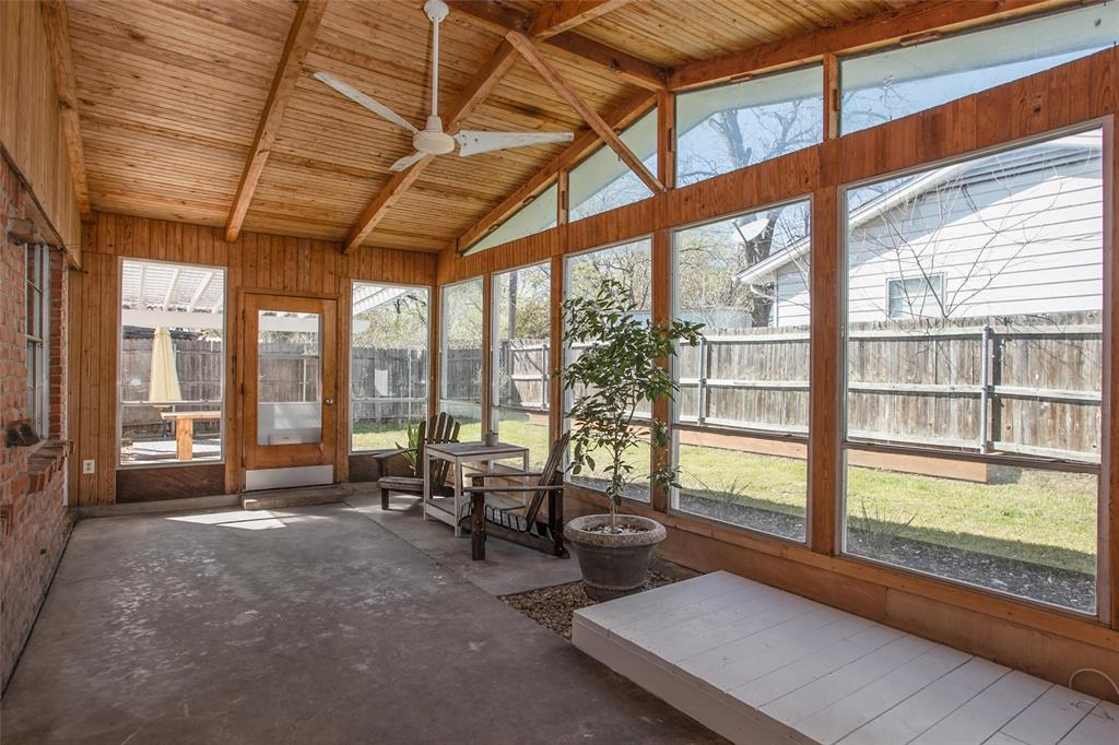 2700 Fuller Avenue, Fort Worth, Texas 76133 - acquisto real estate best negotiating realtor linda miller declutter realtor