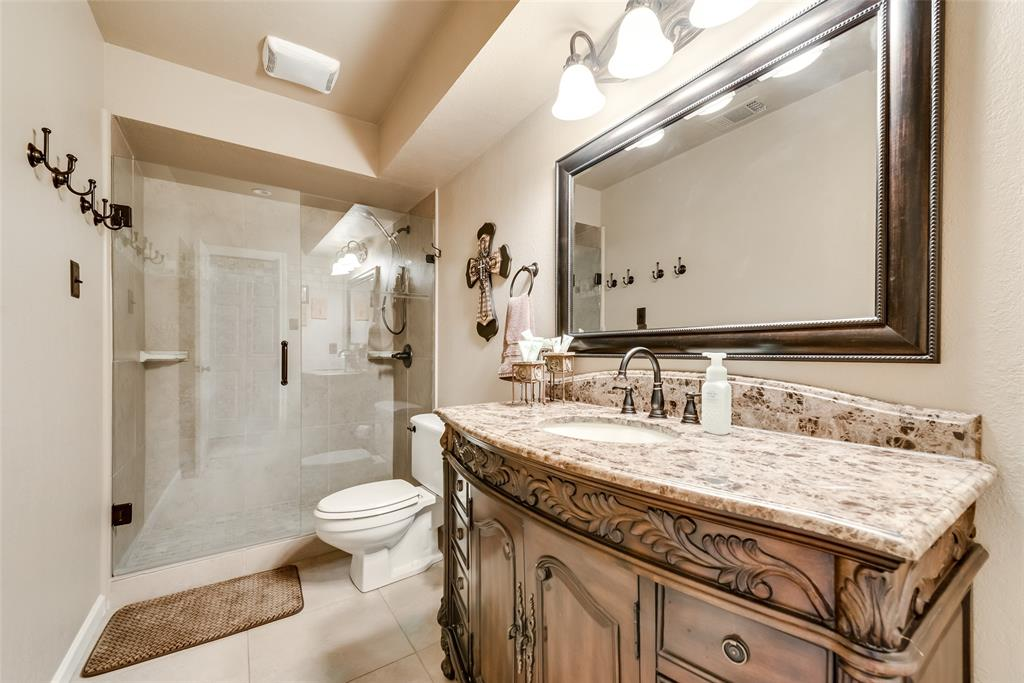 1100 Yorkshire  Drive, Carrollton, Texas 75007 - acquisto real estate best realtor dallas texas linda miller agent for cultural buyers