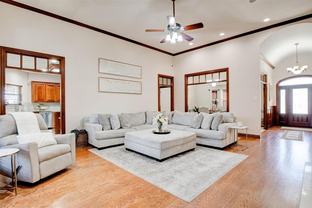 1805 Westhill Drive, Cleburne, Texas 76033 - acquisto real estate best listing agent in the nation shana acquisto estate realtor