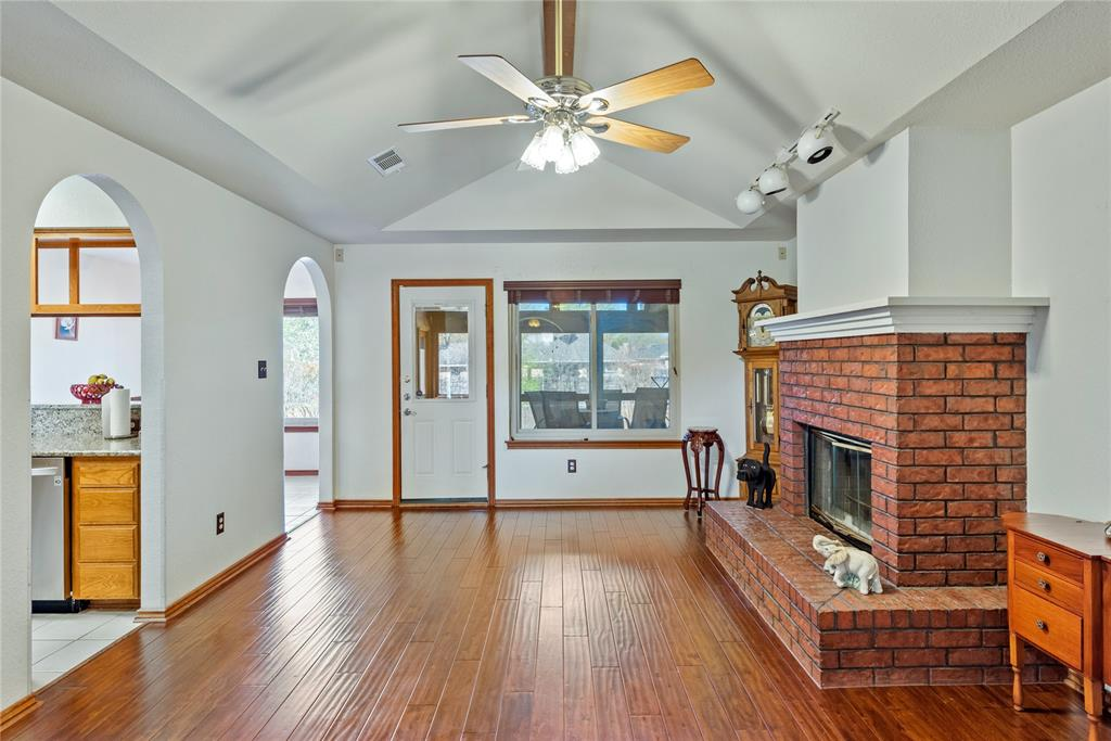 7928 Clear Brook Circle, Fort Worth, Texas 76123 - acquisto real estate best prosper realtor susan cancemi windfarms realtor