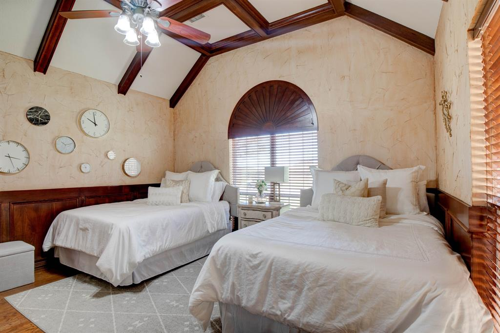 1805 Westhill Drive, Cleburne, Texas 76033 - acquisto real estate best listing photos hannah ewing mckinney real estate expert