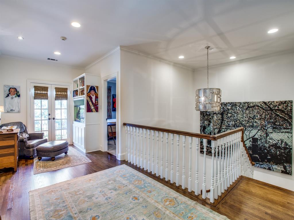 3821 Potomac  Avenue, Highland Park, Texas 75205 - acquisto real estate best photos for luxury listings amy gasperini quick sale real estate