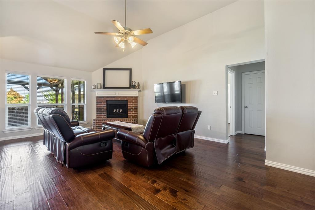 11210 Country Ridge  Lane, Forney, Texas 75126 - acquisto real estate best realtor dallas texas linda miller agent for cultural buyers