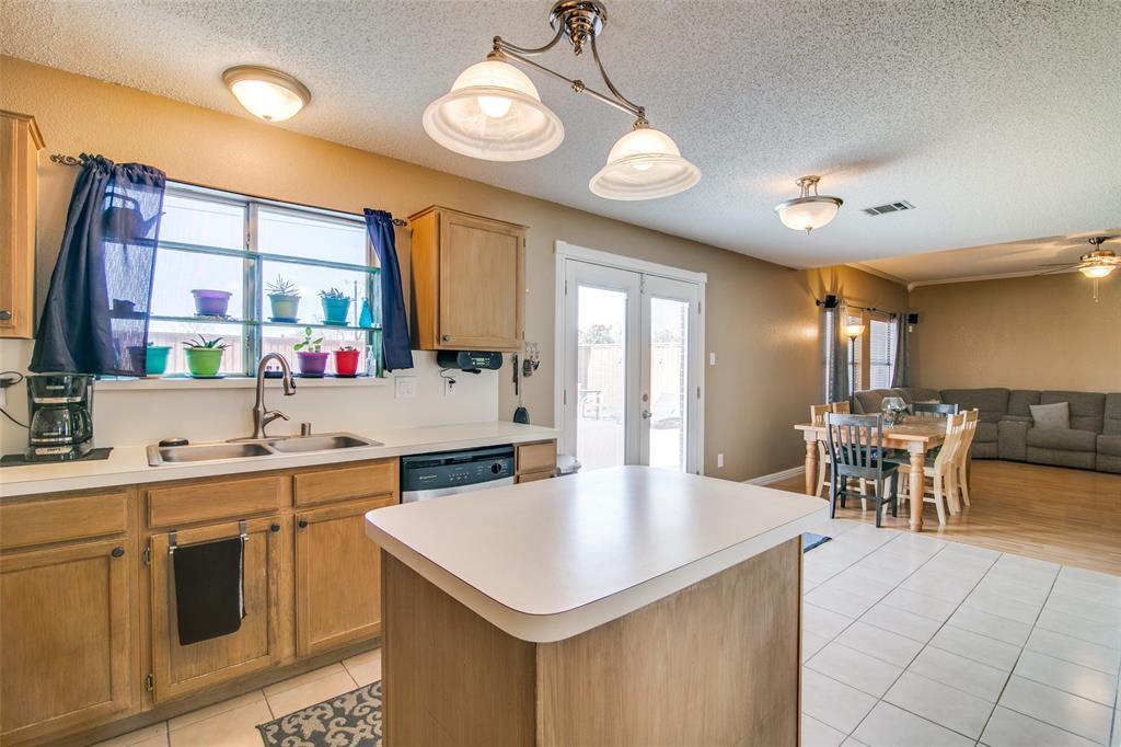 6109 Iris Drive, Rowlett, Texas 75089 - acquisto real estate best listing agent in the nation shana acquisto estate realtor