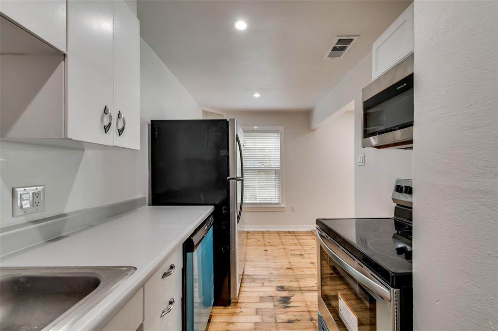 4134 Prescott Avenue, Dallas, Texas 75219 - acquisto real estate best new home sales realtor linda miller executor real estate