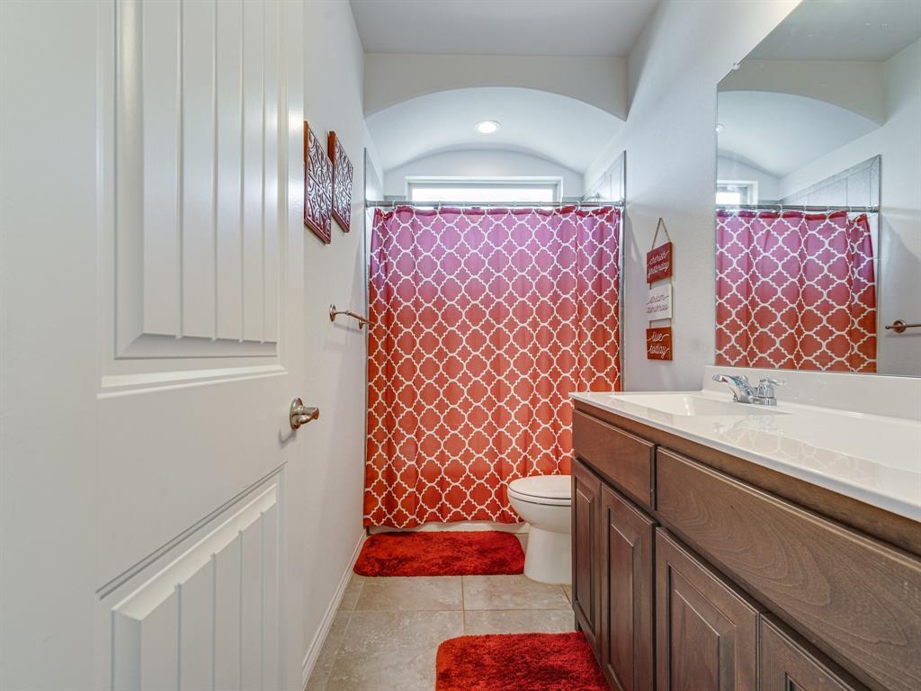 1725 Cross Creek Lane, Cleburne, Texas 76033 - acquisto real estate best looking realtor in america shana acquisto