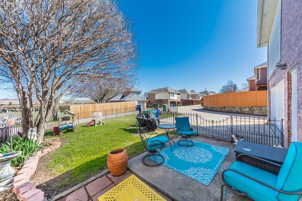 1352 Marken  Court, Carrollton, Texas 75007 - acquisto real estate best realtor westlake susan cancemi kind realtor of the year